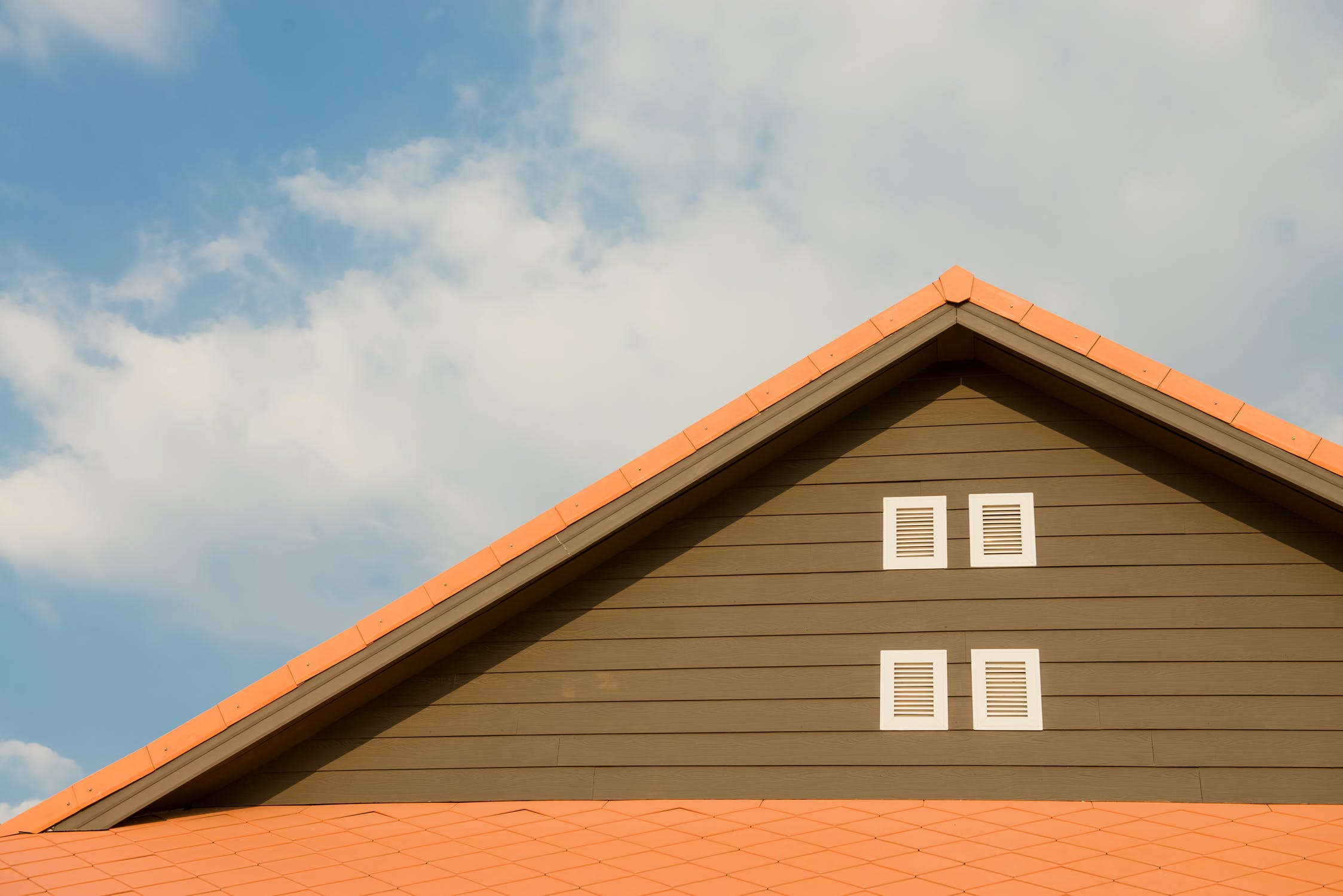 The Top 10 Reasons to Choose Garner Roofing and Certainteed Siding